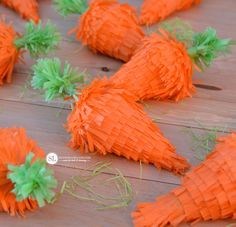 Mini Easter Piñatas
