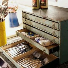Old Wooden Toolbox:)