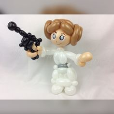 Balloon art, amazing, cool, party, splendid balloons, John Justice, cute, adorable, amazing, California, Star Wars, Princess, liea, Leah, classic, episode 4, the force awakens, a new hope, organa , general, buns. White
