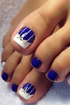 ideas french pedicure designs beach for 2019 Pretty Toe Nails, Cute Toe Nails, Toe Nail Art, My Nails, Pretty Toes, Pretty Pedicures, Cute Toes, Blue Nails, Nail Designs Pictures
