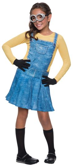 The Minions have arrived! After appearing in 3 blockbuster films, the minions have never been more popular. This classic costume inspired by the movie Minions is officially licensed and comes with a dress, knee socks, gloves, and goggles. Perfect for a tr Minion Halloween, Costume Halloween, Halloween Costumes For Girls, Halloween Gifts, Costumes For Women, Cute Girl Costumes, Halloween Clothes, Group Halloween, Homemade Halloween