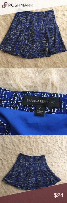 Short blue flirty skirt from Banana Republic Such an amazing fit! It moves with you and the lining inside makes sure it stays in place. About 17 inches in length Banana Republic Skirts Mini