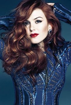 Is this really Isla Fisher?!