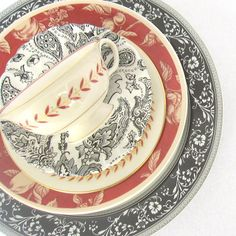 Vintage Table Place Setting Mismatched China 5 Piece Serving Set Shabby Chic Dinnerware  sc 1 st  Pinterest & Chris Madden Corvella Dinnerware | Chris Madden Red Dinnerware ...