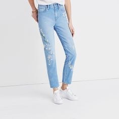 Our wear-every-day summer jeans are back in a peace-and-love version finished with artful floral embroidery. With the same '90s-supermodel-inspired high rise that perfectly accentuates the waist, this pair is a year-rounder (and so, so special). <ul><li>Monogramming available for US customers: To have this item embroidered with up to nine letters for $10 (free for Madewell Insiders), please call 866 544 1937.</li><li>Premium 100% cotton denim from Turkey's...
