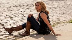 Three Perfect Fall Accessories for Any Wardrobe Cowboy Boot Brands, Women's Motorcycle Boots, Biker Boots, Cool Style, My Style, Cowboy Boots Women, Fall Accessories, Frye Boots, New Wave