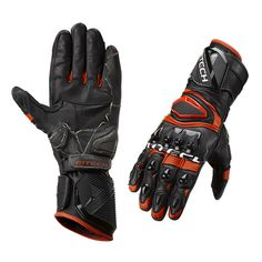 The GRAVITY PLUS glove in full grain leather is the most advanced glove ever created by MTECH®. Twelve TPU protections safeguard the knuckles, back, fingers, ulnar and scaphoid area of your hands from possible trauma. The rigid sleeve protects your wrist from twisting. The palm and the outside of the hand is reinforced with Kevlar®