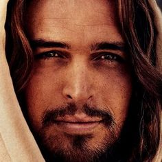 Son of God Trailer -- Diogo Morgado stars as Jesus Christ in this biblical drama that spans his entire life. The producers of The Bible mini-series bring his story to the big screen. -- http://wtch.it/qtJnQ