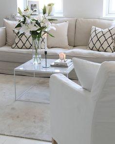 """2,462 tykkäystä, 54 kommenttia - @65m2_ Instagramissa: """"Lovely evening . . . . . . . . . #homestyle #livingroom #Interior #interiordesign…"""""""