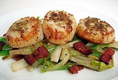Fennel pollen scallops, adapted from the Campanile cookbook.