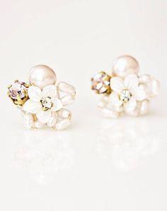 #pearls #flowers #earings