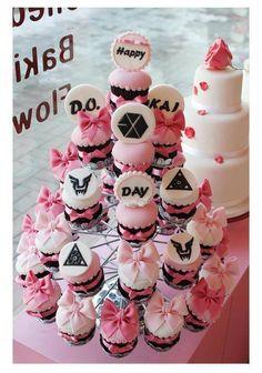 EXO Cupcakes Part 1