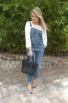 Look Casual – Jardineira Jeans