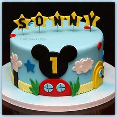 Mickey Mouse cake, would be perfect caidan's birthday party Gateau Theme Mickey, Mickey Mouse Torte, Bolo Mickey E Minnie, Mickey Mouse Birthday Cake, Mickey Mouse Clubhouse Birthday Party, Cute Birthday Cakes, 2nd Birthday, Birthday Ideas, Mickey Party