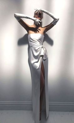 White wedding dress. Brides think of finding the perfect wedding, but for this they require the perfect wedding outfit, with the bridesmaid's outfits actually complimenting the wedding brides dress. Here are a variety of ideas on wedding dresses.