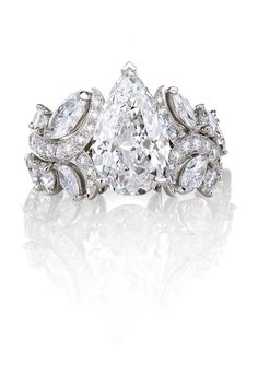 Most beautiful ring on earth / De Beers