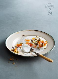 The same can be said about food photography. Except no one actually perspires or cries on Veslemøy's sets. Indian Food Recipes, Ethnic Recipes, Yogurt, Panna Cotta, Breakfast Recipes, Tin, Food Photography, Brunch, Cooking Recipes