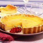 Tarte de pastel de nata Portuguese Recipes, Portuguese Food, Food Cakes, Camembert Cheese, Cake Recipes, Food And Drink, Pudding, Sweet, Desserts