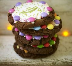 Get the kids involved in decorating by getting them to make these edible Name Placecard Cookies!