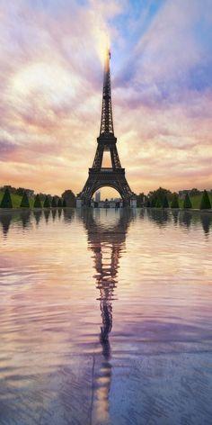 cool Le Tour Eiffel: by Lee Sie - Paris - Eiffel Tower - France - Paris, France - PARIS is always a good IDEA! Paris Photography, Landscape Photography, Nature Photography, Travel Photography, Digital Photography, Photography Tricks, Photography Props, Creative Photography, Eiffel Tower Photography