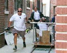 Dinozzo chases bad guys (like Tommy R and George L) via Michael's twitpic