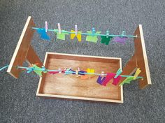 Montessori Clothesline Activity Tray - Wooden Montessori Practical Life Materials For Toddlers Senses Activities, Calming Activities, Motor Skills Activities, Infant Activities, Preschool Activities, Montessori Trays, Montessori Education, Montessori Materials, Petite Section