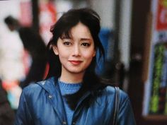 伊集院さんと結婚した夏目雅子さんですが、白血病を発症します