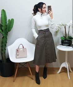 Smart Casual Outfit, Dressy Outfits, Modest Outfits, Skirt Outfits, Stylish Outfits, Work Fashion, Modest Fashion, Fashion Outfits, Lawyer Outfit