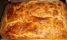 Οι πίτες είναι από τα αγαπημένα φαγητά μικρών και μεγάλων. Όσοι νηστεύουν αντί της τυρόπιτας, μπορούν να φτιάξουν κασερόπιτα νηστίσιμη, εύκολα και γρήγορα!   ΥΛΙΚΑ: • 2 φύλλα σφολιάτας έτοιμα κατεψυγμένα • 10 φέτες νηστίσιμο κασέρι • 3 μανιτάρια • 1 Cake Mix Cookie Recipes, Cake Mix Cookies, Dairy Free Recipes, Vegetarian Recipes, Cookbook Recipes, Cooking Recipes, Meals Without Meat, Greek Dishes, Fun Cooking
