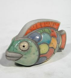 KRUGER Poisson clown petit modèle Céramique d'art Raku Les poissons statues et décoration céramique d art - Paris France