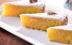 Toucinho do céu (bacon from heaven), - a traditional Portugese almond cake Portuguese Desserts, Portuguese Recipes, Portuguese Food, Sweets Recipes, Wine Recipes, Baileys Cheesecake, Almond Cakes, Cookie Desserts, Other Recipes