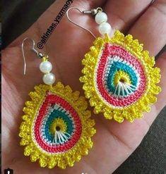 Wedding Ideas - All Ideas You Need Crochet Jewelry Patterns, Crochet Earrings Pattern, Crochet Bracelet, Crochet Accessories, Crochet Designs, Crochet Art, Crochet Motif, Crochet Crafts, Crochet Flowers