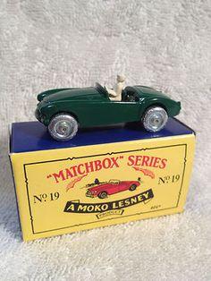 Matchbox - A MOKO LESNEY - MG MIDGET SPORTS CAR w/DRIVER - Green - Vintage