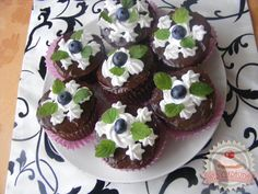 Csokis muffin áfonyával Muffin, Breakfast, Food, Morning Coffee, Eten, Cupcakes, Muffins, Meals, Morning Breakfast