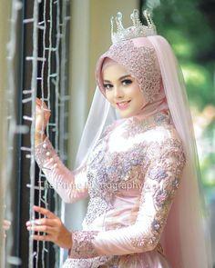 Muslimah Wedding Dress, Muslim Wedding Dresses, Disney Wedding Dresses, Muslim Brides, Bridal Dresses, Bridal Hijab, Hijab Bride, Pakistani Bridal Wear, Indian Bridal