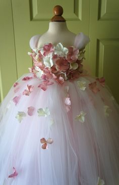 Gorgeous Flower Girl Dress, Photo Prop, in Blush Pink and White, Pink anf Off-White flowers, Flower Top, Tutu Dress -Etsy