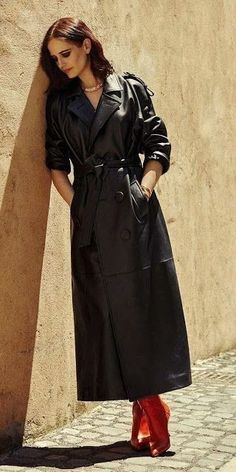 Long Leather Coat, Leather Trench Coat, Trench Coats, Leather Jacket, Eva Green, Fall Outfits, Fashion Outfits, Fashion Models, Rain Wear