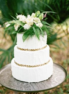 South African Inspired Photography Workshop from Marcie Meredith Photography. Metallic Wedding Cakes, Different Wedding Cakes, Wedding Cake Inspiration, Wedding Ideas, Wedding Sweets, Amazing Wedding Cakes, Geometric Wedding, Wedding Cake Designs, Beautiful Cakes