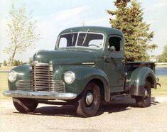Vintage Trucks Classic Old International Trucks Farm Trucks, Cool Trucks, Big Trucks, Diesel Trucks, International Pickup Truck, International Harvester Truck, Jeep Pickup Truck, Classic Pickup Trucks, Pickup Camper