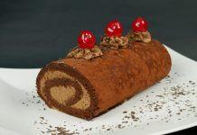 Το πασίγνωστο Ελβετικό ρολό σοκολάτας! Christmas Cake Designs, Christmas Desserts, Christmas Ideas, Xmas, Greek Desserts, Cinnamon Cake, Cool Birthday Cakes, Cake Cookies, Cake Pops