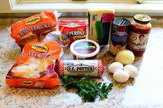 Easy Calzones by Ree Drummond / The Pioneer Woman Sister day? The Pioneer Woman, Pioneer Woman Recipes, Pioneer Women, Rhodes, Freezer Meals, Easy Meals, Freezer Cooking, Calzone Recipe, Snack Recipes