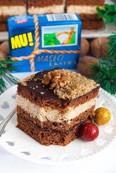 Piernik z kremem orzechowym i powidłami - I Love Bake Catering Food, Christmas Desserts, Tiramisu, Cheesecake, Food And Drink, Cooking Recipes, Sweets, Candy, Cookies