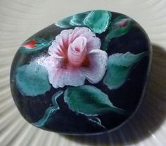 Hand+Painted+Rose+With+2+Buds+Rock+By+CarmineO+