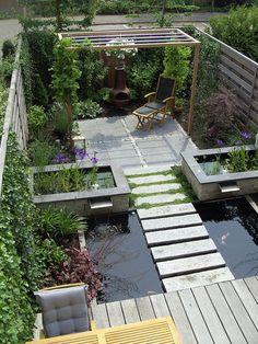 √top 45 best backyard pond ideas – outdoor water feature designs page 28 Modern Backyard, Ponds Backyard, Backyard Landscaping, Garden Ponds, Landscaping Ideas, Pergola Ideas, Patio Ideas, Backyard Ideas, Modern Pond