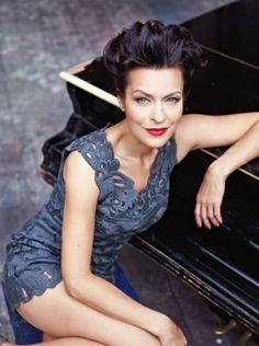 Danusia Stenka... moja ulubiona polska aktorka, do tego najpiękniejsza:)