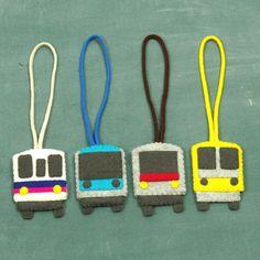 【ソーイング無料レシピ(パターン・型紙)】電車ワッペンbyさくらい あかねの詳細「子どもたちに大人気の電車のお名前ワッペン。 大好きな電車の色に合わせて、アレンジも自在! 型通りにフェルトを切りぬけば、手軽につくれます。 お気に入りをカバンに...」