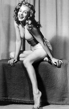 Marilyn Monroe. Photo by Earl Moran.