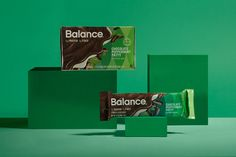 Balance Bar. A nutritional bar packaging redesign.Role: Lead Designer, Agency: Hatch, Direction: Nicole Flores, On-Pack Photography: Stan Musilek, Product Photography: Javier García