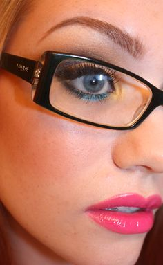 TIPS FOR WEARING MAKEUP WITH GLASSES.