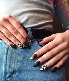 107 awesome acrylic coffin nails designs in summer page 40 Grunge Nails, Edgy Nails, Aycrlic Nails, Stylish Nails, Swag Nails, Coffin Nails, Edgy Nail Art, Black Nails, Nail Manicure